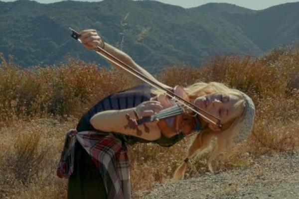 Embedded thumbnail for It Ain't Me - Lindsey Stirling and KHS (Selena Gomez & Kygo Cover)