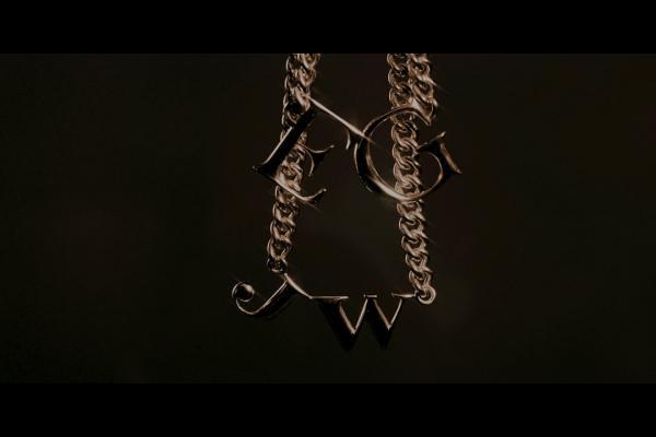 Embedded thumbnail for Ellie Goulding & Juice WRLD - Hate Me