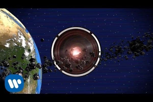 Embedded thumbnail for David Guetta & Showtek - Sun Goes Down ft Magic! & Sonny Wilson