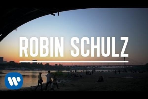 Embedded thumbnail for Robin Schulz - Sun Goes Down feat. Jasmine Thompson