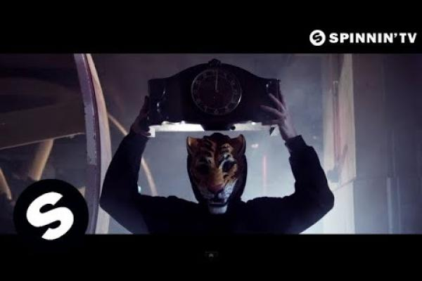 Embedded thumbnail for Martin Garrix – Animals