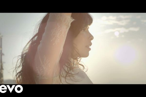Embedded thumbnail for Indila - S.O.S