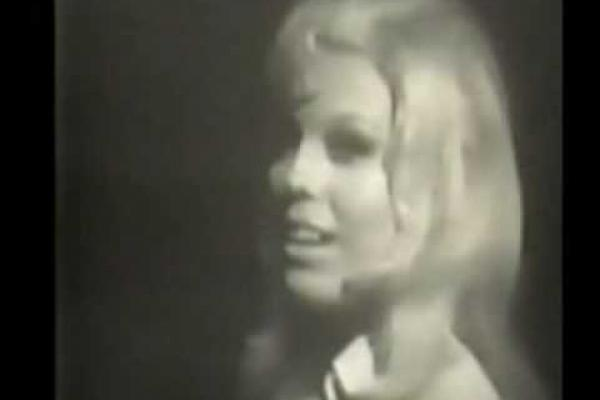 Embedded thumbnail for Nancy Sinatra and Lee Hazlewood - Summer Wine