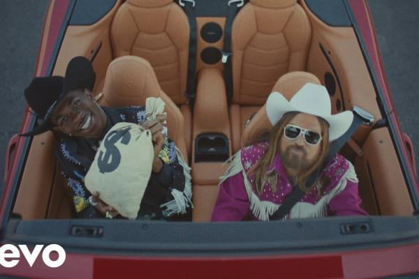 Embedded thumbnail for Lil Nas X - Old Town Road  ft. Billy Ray Cyrus