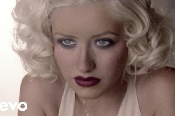 Embedded thumbnail for Christina Aguilera – Hurt